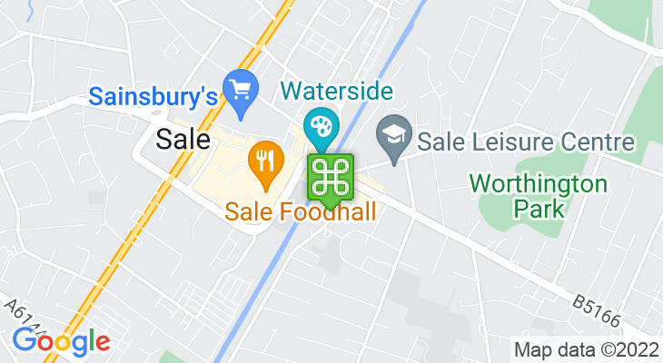Map showing location of Sale Metrolink Station