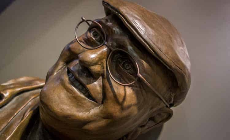 Statue of Fred Dibnah in Bolton Museum