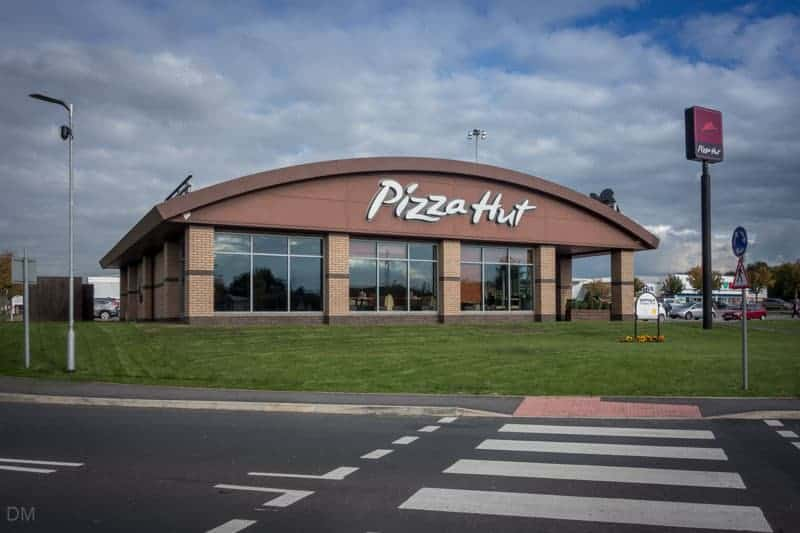 Pizza Hut restaurant at Deepdale Shopping Park in Preston.