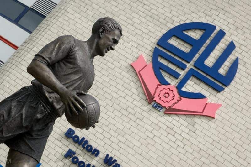 Bronze statue of Nat Lofthouse at the Macron Stadium in Bolton