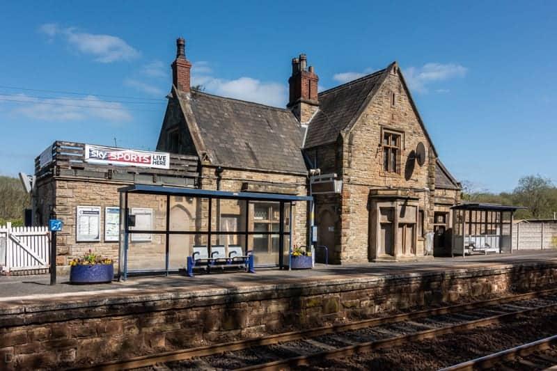Gathurst Train Station and Gathurst Station Inn