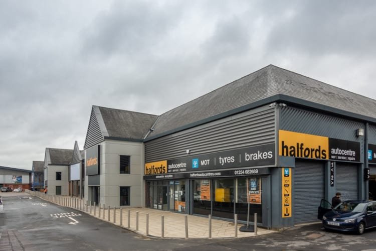Halfords at Blackburn Retail Park