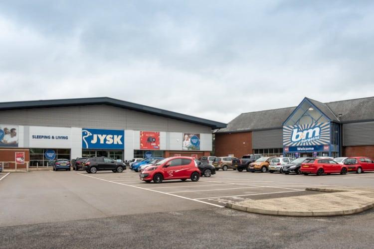 JYSK and B&M Bargains at Blackburn Retail Park