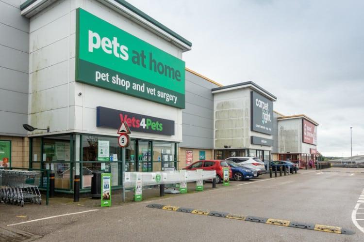 Pets at Home and Carpetright, Blackburn